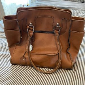 Nice leather London fog bag